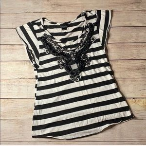 Daytrip Intricate black and white striped tee - M